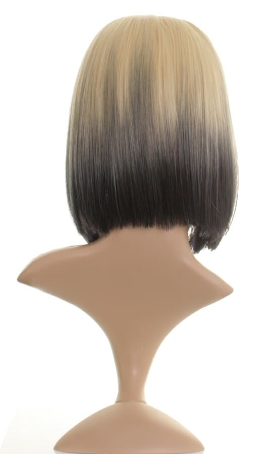 Drew - Mid-length blonde dip-dye wig with black tips