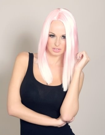 Nadine - Light pink dip dye wig