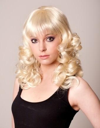 Karen - Mid-length curly blonde wig with fringe