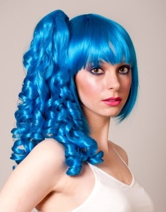 Rula - Bright blue turquoise bob wig with ponytail